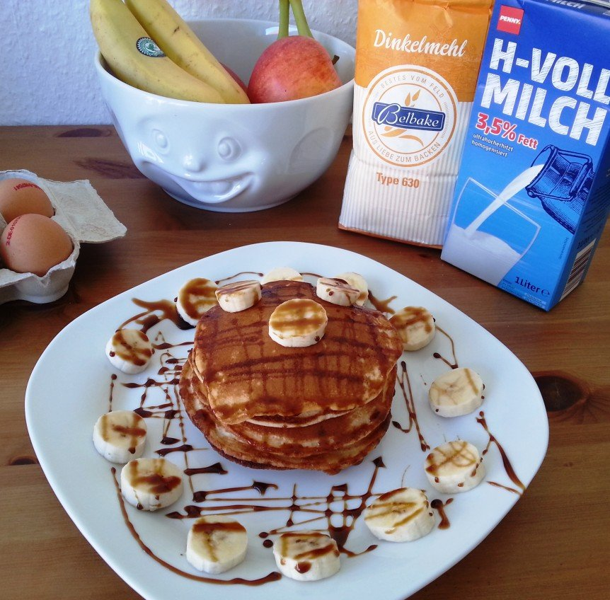 rezept fitness pancakes 368 kcal und 15 g eiwei. Black Bedroom Furniture Sets. Home Design Ideas