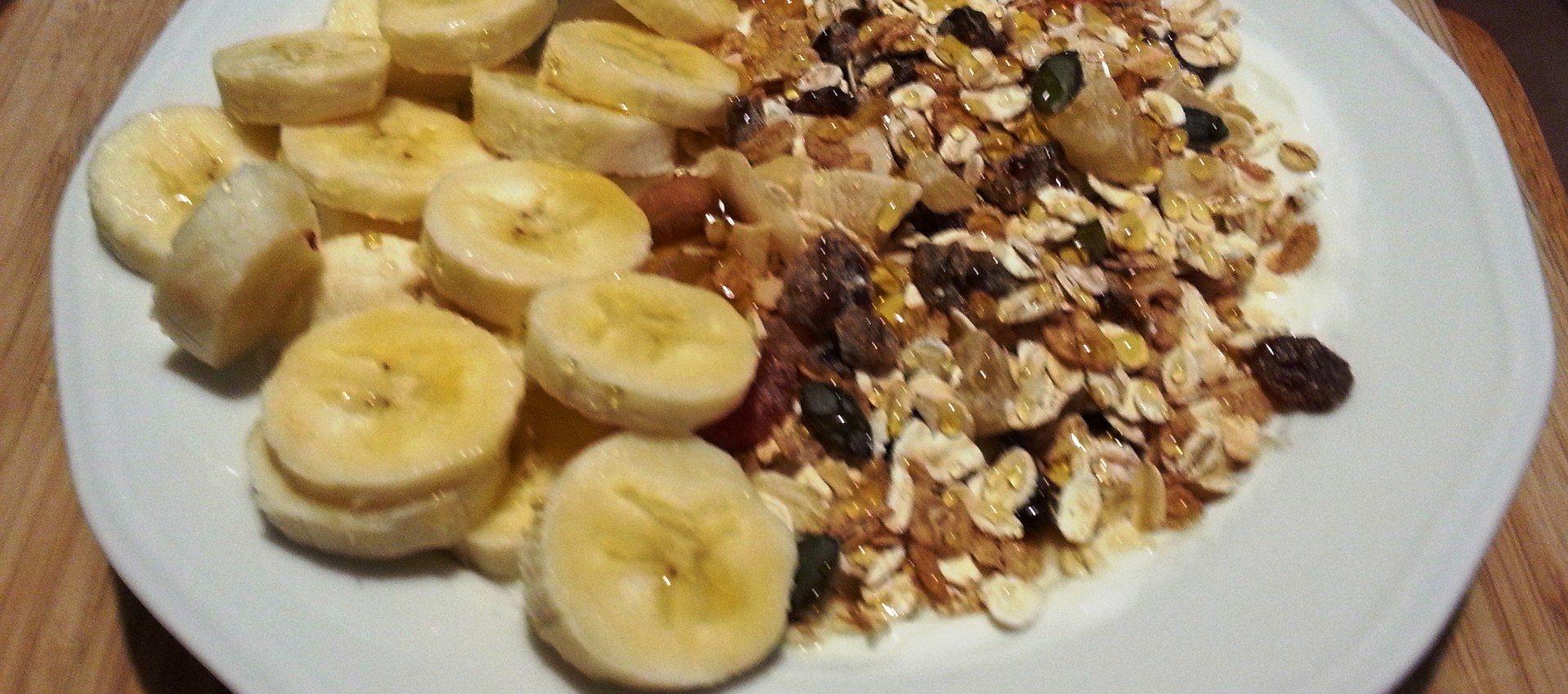 Bananen Müsli mit Skyr