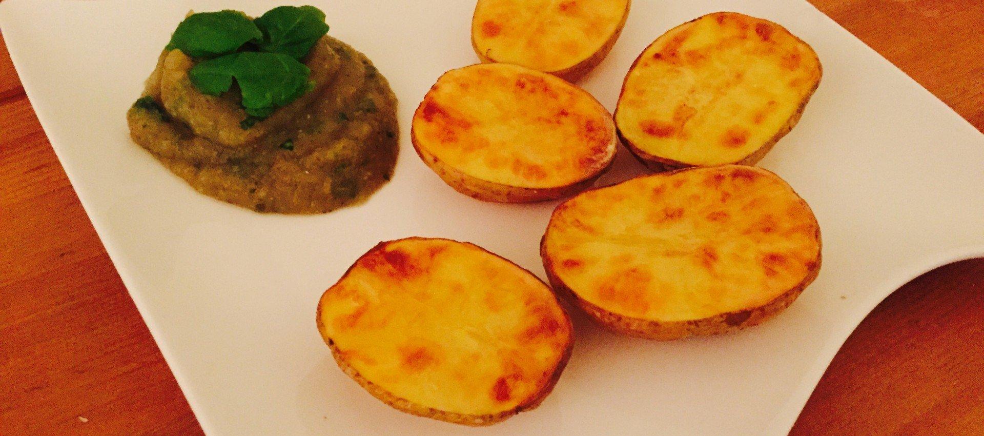 Kartoffeln mit Auberginen Dip vegan