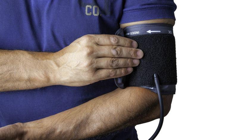 Blutdruck messen beim Kraftsport